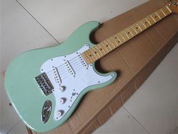 Wholesale Alder Body high quality standard stratocaster green guitar maple fingerboard chinese st electric guitar strat