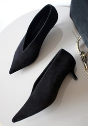 Wholesale ALEX SARA early autumn new leather short with deep V tip shoes black suede shoes