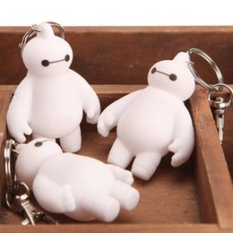 Taobao hot explosion models white doll pendant Network Corps Baymax white car key fob