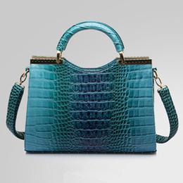 Wholesale Fashion Women Handbags Luxurious PU Leather Shoulder Bags Crocodile Grain Totes For Women Colors