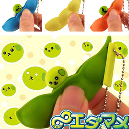 Wholesale Funny Toys Happy Colorful Extrusion Pea Bean Soybean Edamame Stress Relieve Toys Keychain Keyring Car Pendant For Phone