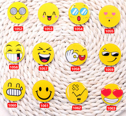 New Pretty Baby emoji brooch Resin Smiling Face Brooch Pin Gift Unisex expression badge clothing accessories bag accessories free shipping