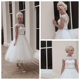 Wholesale House of Mooshki Wedding Dresses Short Beach Ball Gown Scalloped Tea Length White Tulle Capped Bow Button Bridal Gowns