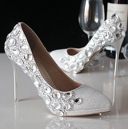 Wholesale 2017 slipper shoes bride marriage crystal hand wedding shoes with pointed high heel bridal shoes best selling