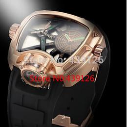 Wholesale new hot luxury business casual fashion classic tonneau large dial advanced quartz movement rubber strap watch for men