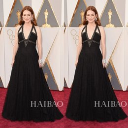 Wholesale 2016 Sexy Julianne Moore In Oscar Red Carpet Celebrity Evening Dresses A Line Full Black Lace Sexy Backless Formal Occasion Party Gown Cheap