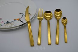 Wholesale New style Stainless Steel gold plated Flatware Sets Durable Cutlery Table Fork and Knife and Spoon