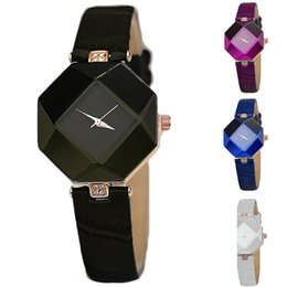 Hot Wholesale New Women Fashion Leather Band Analog Diamond Quartz Wrist Watch Girl Beauty Watches 5Colors
