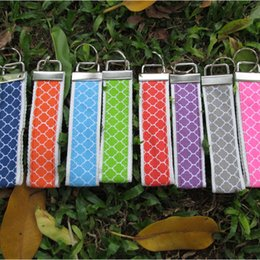 Wholesale Blanks Fabric Quatrefoil Key Fob Lanyard Keychain With Metal Buckles In Front And One Key Ring 9 Colors Available DOMIL106014
