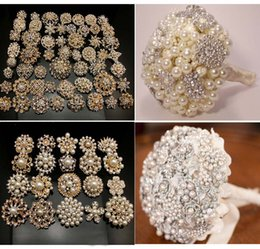 Wholesale - 20Pcsx Bridal Wedding Gold Plated crystals faux pearl brooches mixed designs brooch pins deco