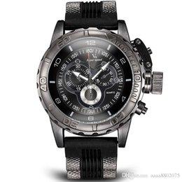 La montre-bracelet pour hommes à vendre-Vogue Mode V6 3D surface Case Luxe Noir Homme Heure Horloge Analogique Militaire Homme Business Casual Montre-bracelet