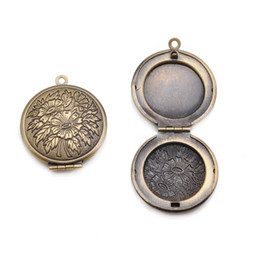 Wholesale mm Brass Pattern Round Locket Photo Locket Fashion Pendants wedding Jewelry Findings Antique bronze