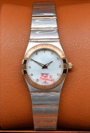 women lady SS 18K gold white dial quartz new style ladies watch Wrist Watch