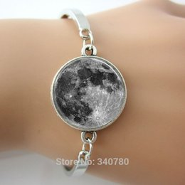 Wholesale Full Moon Bangle Astronomy Solar System Outer Space Art bracelets Glass cabochon dome picture silver plated brass bangles