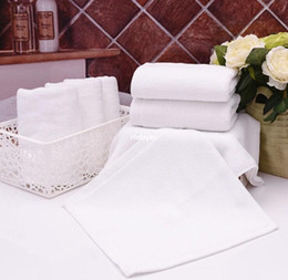 Wholesale 50pcs Hotels disposable cotton factory direct g white towel small square labor can be customized