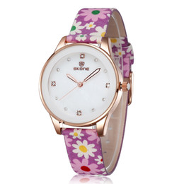 New Fashion Fabric Band Quartz Watches Rhinestones Rose Gold Case Casual Wrist Watches Flower Pattern