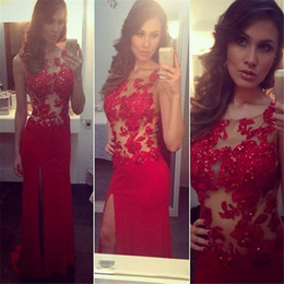 Charming Red Prom Dresses Lace Sexy Leg Splits Formal Evening Gowns Long Party Dress With Beading Illusion Jewel Necj Zip Back Chiffon