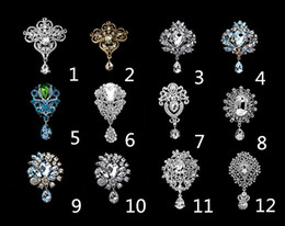Wholesale Rhodium Silver Plated Clear Crystal Rhinestone Waterdrop Bouquet Brooches and Pins Fashion accessory Top Jewelry