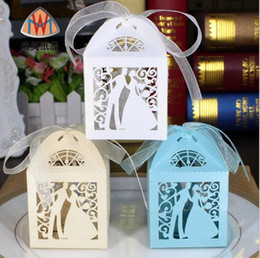 Wholesale 100pcs Laser Cut Hollow Bride and Groom Ribbon Wedding Party Baby Shower Favor Gift Ribbon Candy Box Boxes