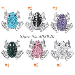 Wholesale Snap Jewelry quot Frog quot Shaped Ginger snap button Fit Snap Button Bracelet and Button Pendant Rhinestone Delicate LSSN017