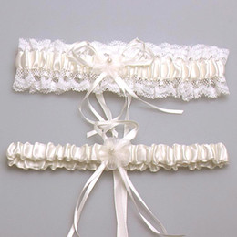 Sexy New 2015 Bridal Accessory Satin Lace Ivory Pink Blue Garter Silk Ribbon Floral Pearl Wedding Decoration Garter Free Shipping CPA281