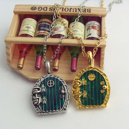 Wholesale Movie Jewelry Vintage Charm Lord Of The Rings Hobbit Fairy Door Locket Necklace Antique Gold Or Silver Plated