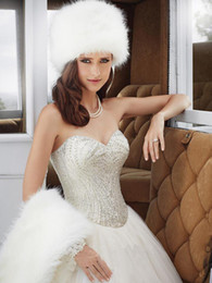 Wholesale 2015 Hot New Arrive Fur Bridal Hats And Wraps Fashionable Ivory Noble Capes Cheap Warm Daily Hats Winter Hats