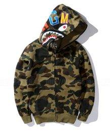 Wholesale Winter Men Coat Camouflage Shark Hoodie Sweatshirt military Army green camo hip hop Fleece Hooded jacket sudadera