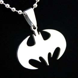 Wholesale Jewelry Stainless Steel Batman Charm Pendants Necklace Mens Chain Necklace Animal Bat Pendant Necklace Gift MN03