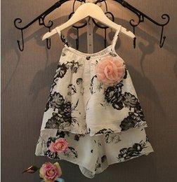 Wholesale Summer Girls Flower Suspender Tops Shorts Set Children Clothing Floral Vest Pant Outfits Sets Kids Clothes D6184