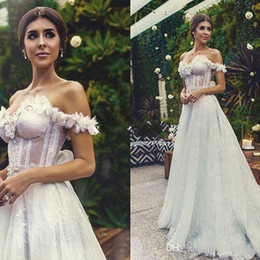 2016 Off The Shoulder Corset Wedding Dresses Full A Line Lace Bridal Gowns Sweep Train Sexy Open Back Wedding Gowns