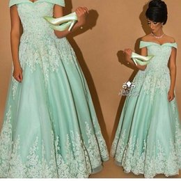 Hot Charming Mint A Line Prom Dresses 2016 Sexy Off Shoulder Lace Applique Floor Length Arabic Evening Dresses Backless Party Gowns