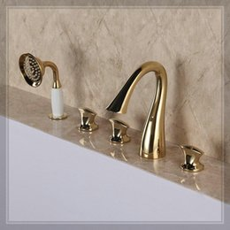 Wholesale New Arrival Rose Golden Bathtub Filler Faucet Mixer Tap waterfall glass wall faucet handle mixer