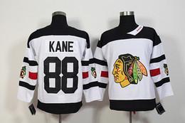 Promotion série de hockey 2016 Stadium Series Premier Blackhawks Jersey Blanc # 88 Patrick Kane # 19 Jonathan Toews Hockey Maillots Nouveau Style Hockey Wear pour hommes