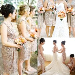 2017 Blingbling Rose Gold Sequins Bridesmaid Dresses Knee Length V Neck Maid of Honor Plus Size Beach Formal Wedding Party Dresses BO8247