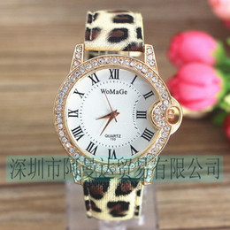 Wholesale-Cheap Belt Wristwatch Leopard Personalized Header Belt Factory Outlet White Blackfaced Black Belt Flour Strap Light Blue Pink Ro