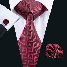 Classic Red Black Tie Set Hanky Cufflinks Jacquard Woven Mens Tie Set Business Work Formal N-0554