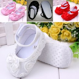 Wholesale Baby Girls Flower Bowknot Prewalkers Magic Tape Hollow Out sweet Stylish Toddler Crib Shoe White Pink Black Red