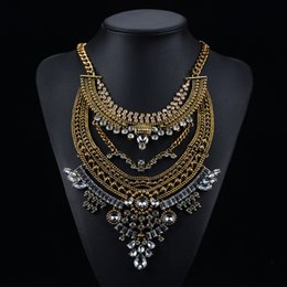 Choker Pendant Necklace For Womens New European Jewelry Exaggerated Big Diamond Multilayer Alloy Long Chain Statement Necklace