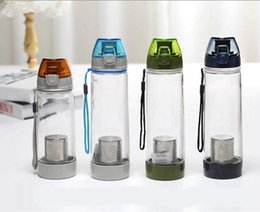 600ML BPA Free Plastic Water Bottle Sports Bottle With Tea Infuser Drinkware For Outdoor Fun Water Filter Bottle Free Shipping
