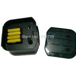 Wholesale PIR Motion Sensor Solar Animal Bats Birds Repeller Repellent sound amp Flashlight