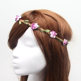 Descuento estilos de trenzar el pelo de la muchacha Bohemia Style Diadema para la fiesta de boda Mujeres Niñas Flores deja trenzado de pelo banda Ladies Adornos de pelo hairband 13 colores