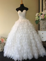 Princess Ruffles Feather Wedding Dresses Pictures White Strapless Sweetheart Bridal Gowns Organza Tassel Wedding Dresses Long Floor Length