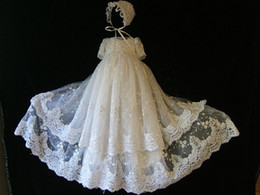 Wholesale New Lace Appliqued Christening Dresses For Baby Girls With Sleeves Jewel Neck Long Pearls Baptism Dress Tulle First Communication Gowns