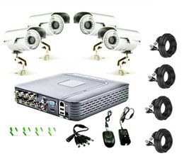 8CH DVR 4 x 1300TVL Outdoor Home Surveillance Security Camera System Iphone APP