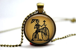 Wholesale 10pcs quot SKELETON on BICYCLE quot Halloween Jewelry Dia De Los Muertos Jewelry Glass Photo Cabochon Necklace