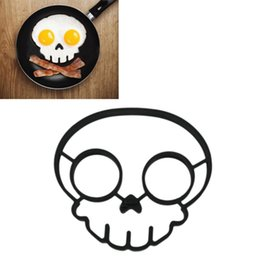 Wholesale Delicate Silicone Funny Side Up Skull Egg Fried Frying Mould Breakfast Pancake Mold Ring Kitchen Tool Black