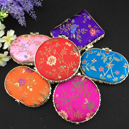 Fashion Portable Makeup Compact Mirror Wedding Favor Folding Silk Fabric Double sided Cosmetic Mirror 50pcs lot Mix color Free