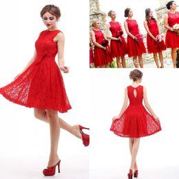 Vestido rojo corto dama de honor