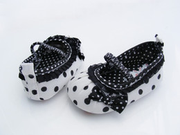 Wholesale-children's shoes white-black dot Baby Shoes White-black soft sole baby shoe Girls Warm 3 size to choose fashion